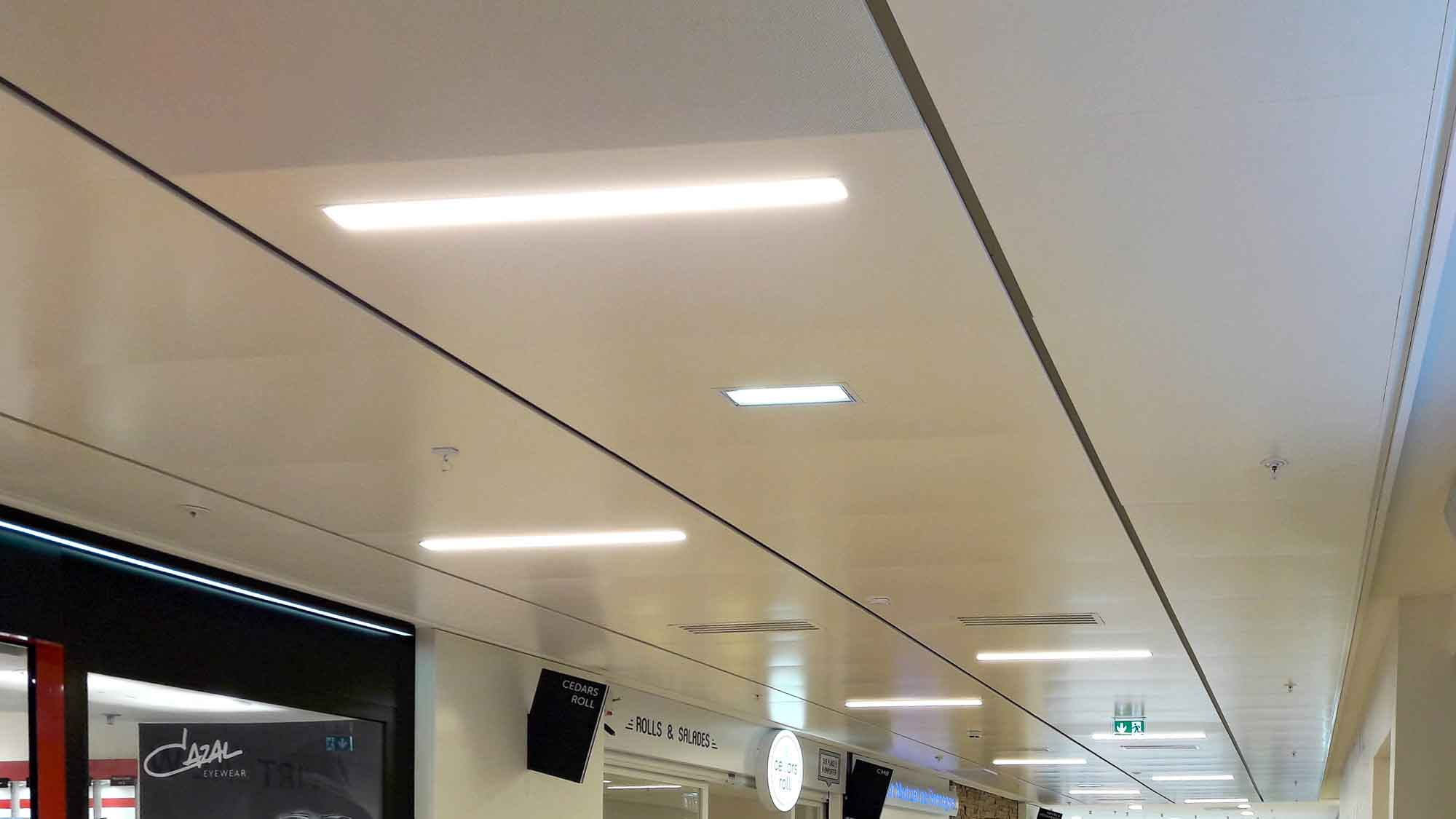 Cc Colombia Rennes Plafond Suspendu Hall Interieur Luminaire