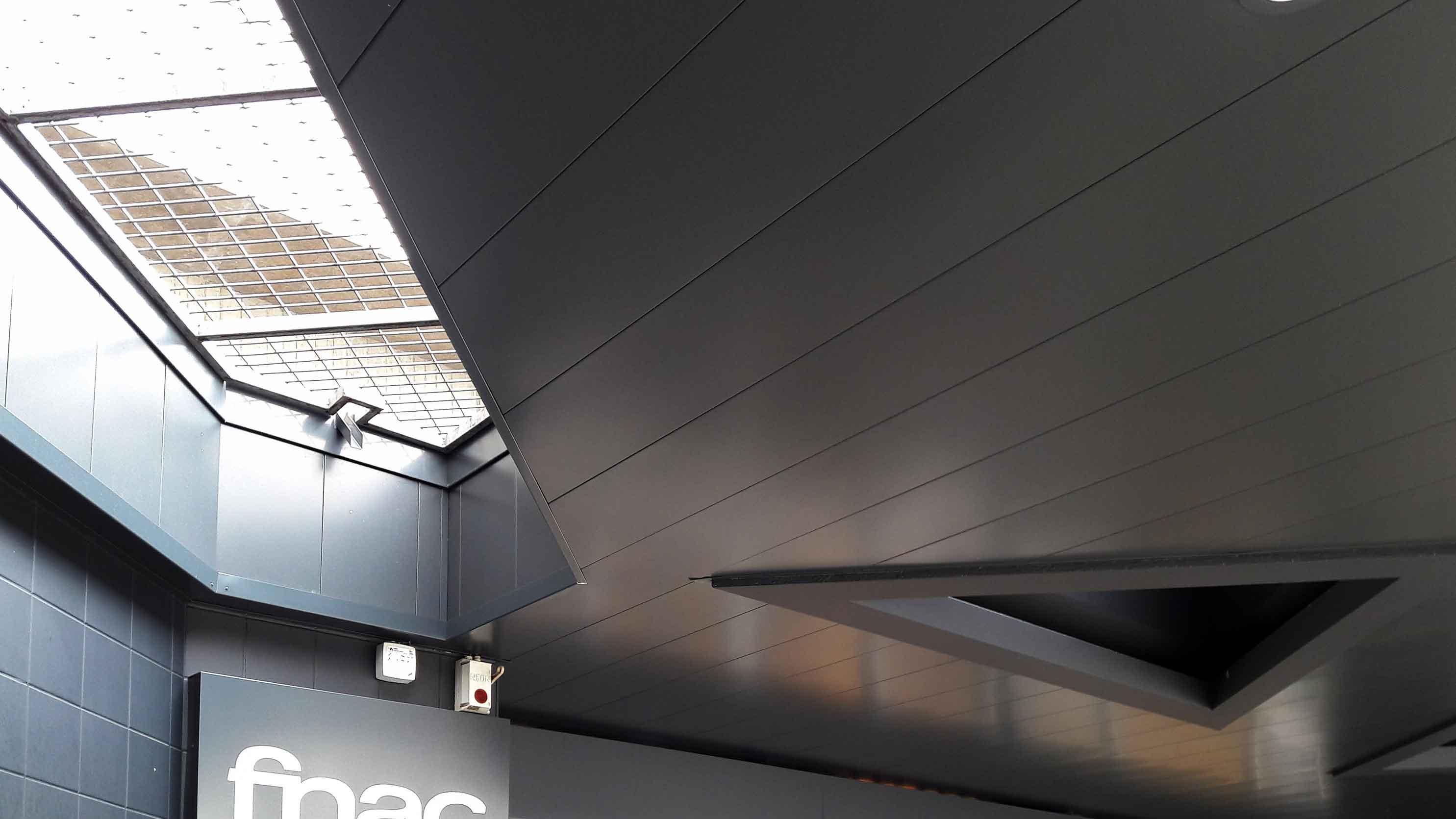 Cc Colombia Rennes Zoom Plafond Suspendu Hall Exterieur 2