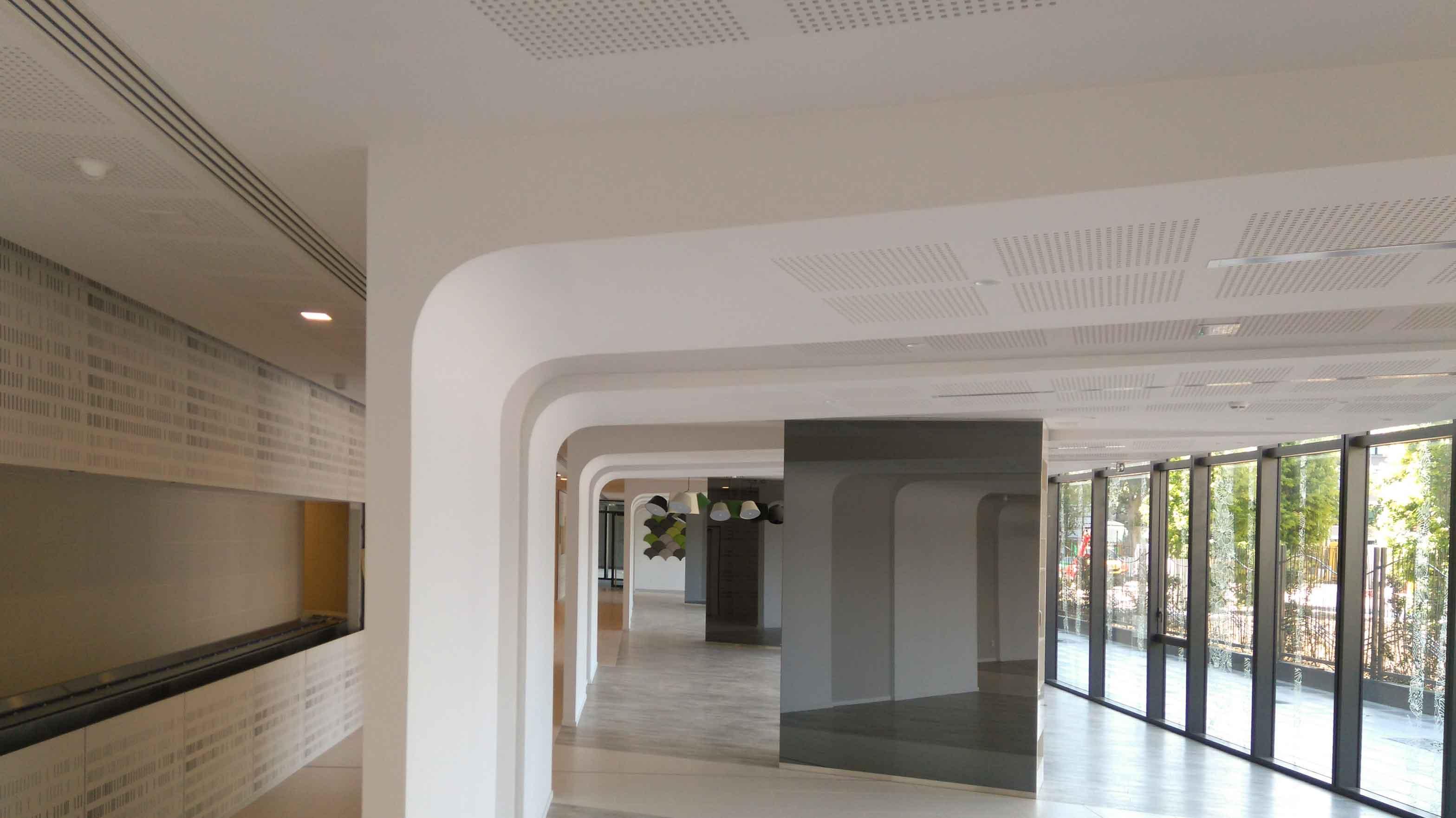 Plafond Gyptone Activ Air Quattro 41 Silvae Plafonds Acoustiques Miroir Langlois Sobreti Idf
