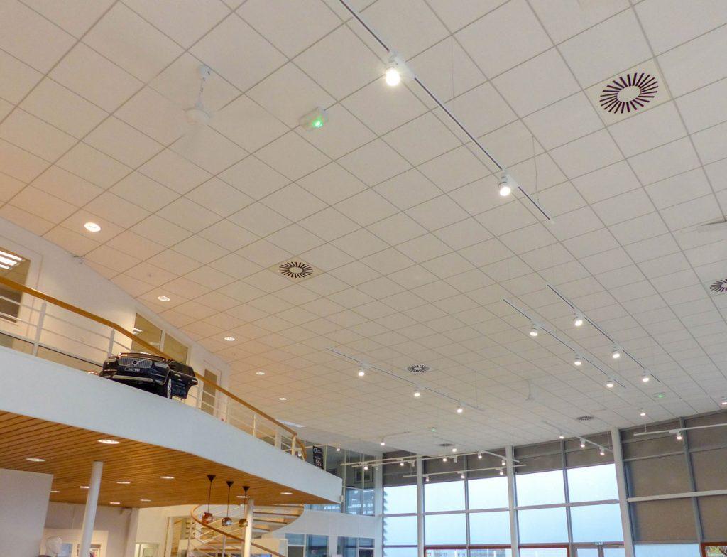 Langlois Sobreti Rennes Amenagement Concession Volvo Defrance Plafonds Suspendus Bois Fibre